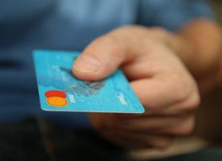 Pożyczki na karcie