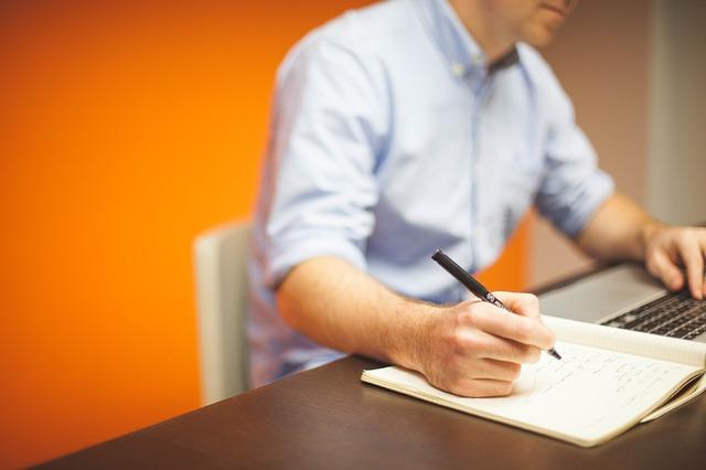 Jak zdobyć zaufanie współpracowników?