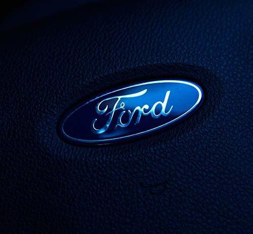 Jak prezentuje się i co ma w środku nowy Ford Edge?